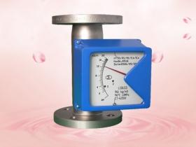 Installation precautions for metal rotor flowmeter.